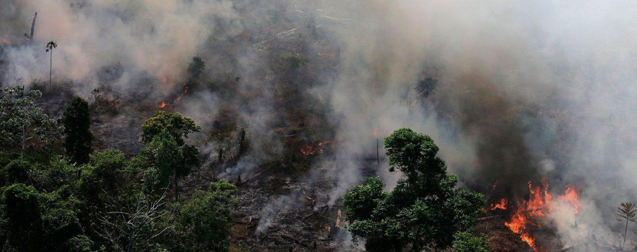 Mauricio Macri puso a disposición de Brasil y Bolivia el sistema de emergencias argentino para combatir los incendios en el Amazonas